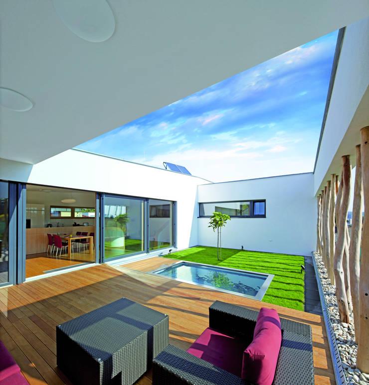 polytherm freestyle edelstahlpool innovation 2015 von polytherm gmbh homify. Black Bedroom Furniture Sets. Home Design Ideas