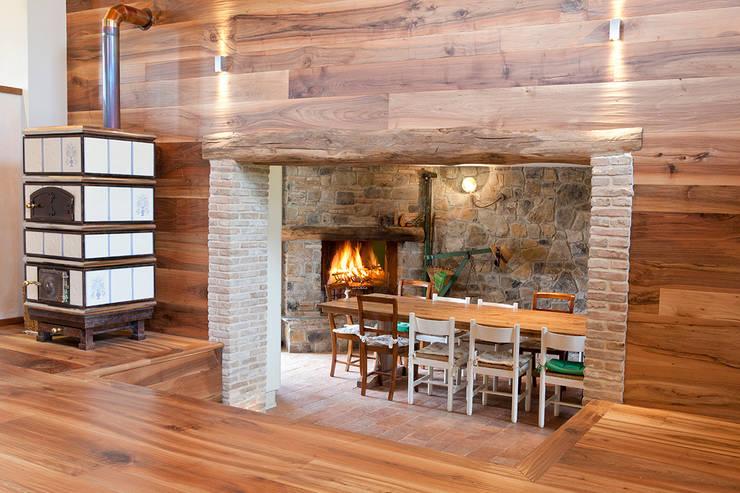 Pareti in legno per ogni stile for Case rustiche interni pareti