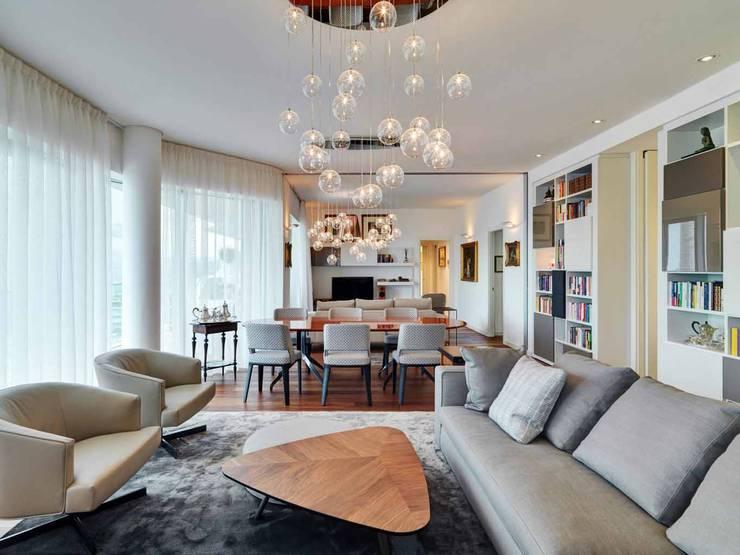Living Room: Soggiorno in stile in stile Moderno di Studio Marco Piva