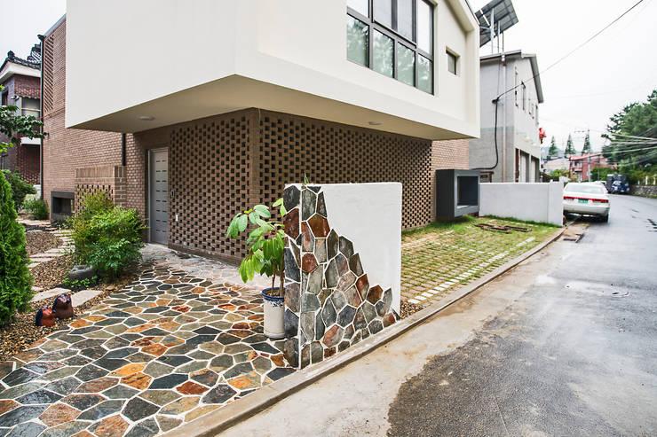 6 ideias perfeitas para a entrada da sua casa ficar moderna for Modernizar fachada casa
