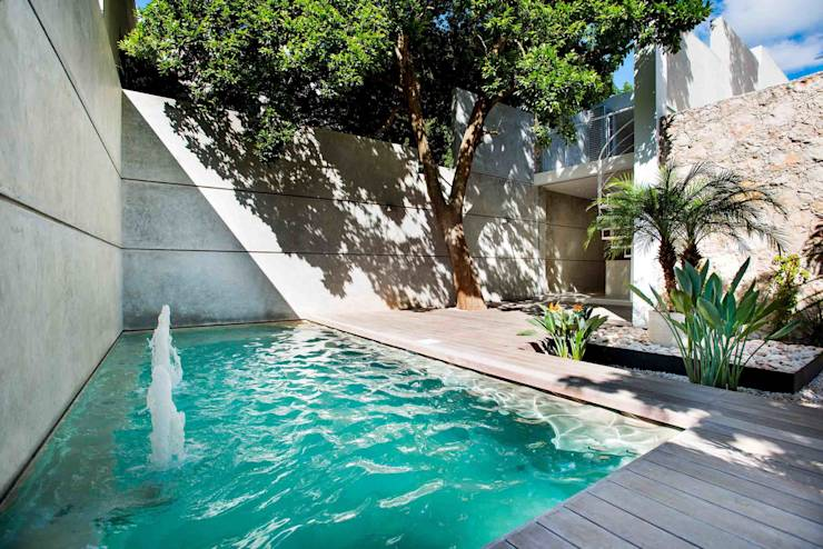 Piscinas de estilo translation missing: cl.style.piscinas.moderno por HPONCE ARQUITECTOS
