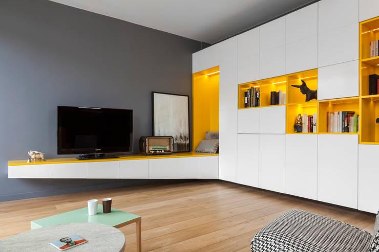 10 m veis e ideias originais para a sua televis o. Black Bedroom Furniture Sets. Home Design Ideas