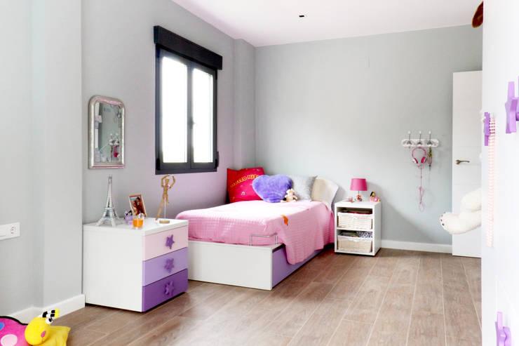 modern Nursery/kid's room by acertus