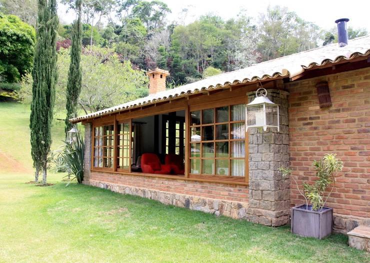11 fachadas r sticas para fazer igual na sua casa pequena for Terrazas economicas chile