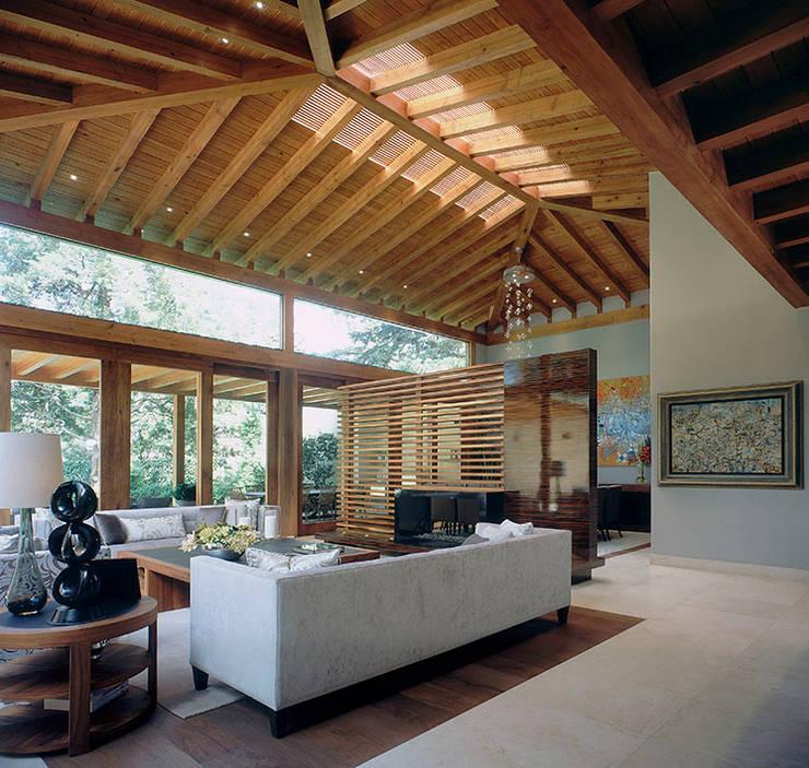 Decora tu casa con estilo mediterr neo 7 ideas for Salas estilo mexicano contemporaneo