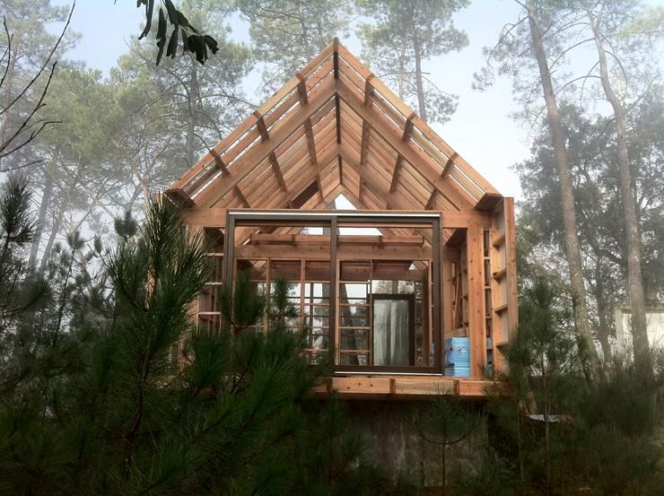 chal de madeira pr fabricado On norma arquitectura