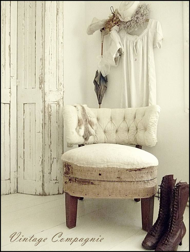 charmante m bel brocante french shabby von vintage compagnie homify. Black Bedroom Furniture Sets. Home Design Ideas