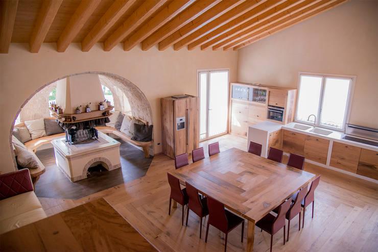 Rustico moderno la combinazione vincente for Rustico elegante soggiorno