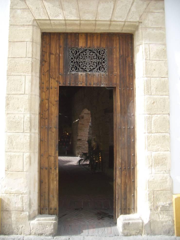 Rehabilitaci n antigua casa palacio de malbarquitectos - Rehabilitacion de casas antiguas ...