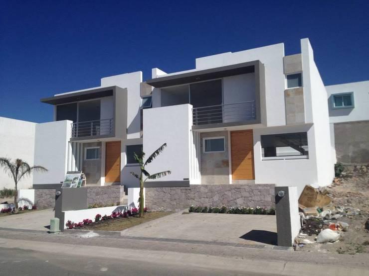 7 casas adosadas modernas ventajas y desventajas On casas modernas adosadas