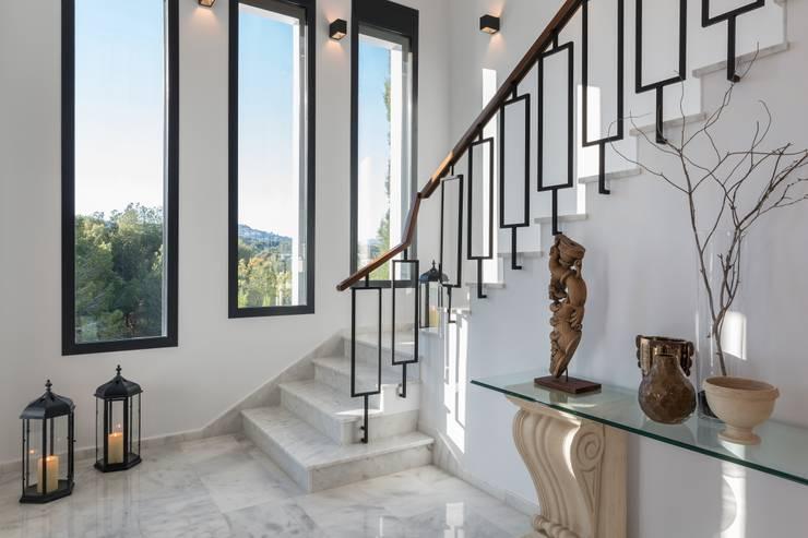18 dise os de barandales que har n que tu escalera se vea for Escaleras largas