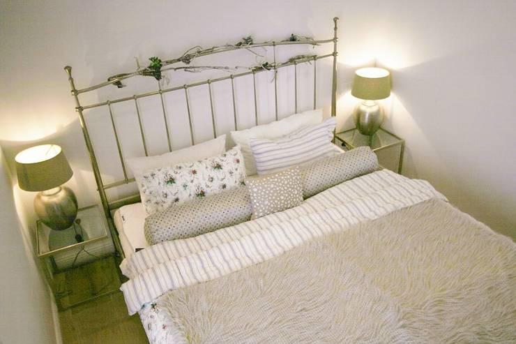I letti matrimoniali in ferro battuto romantici con stile for 3 piani casa in stile ranch da camera da letto