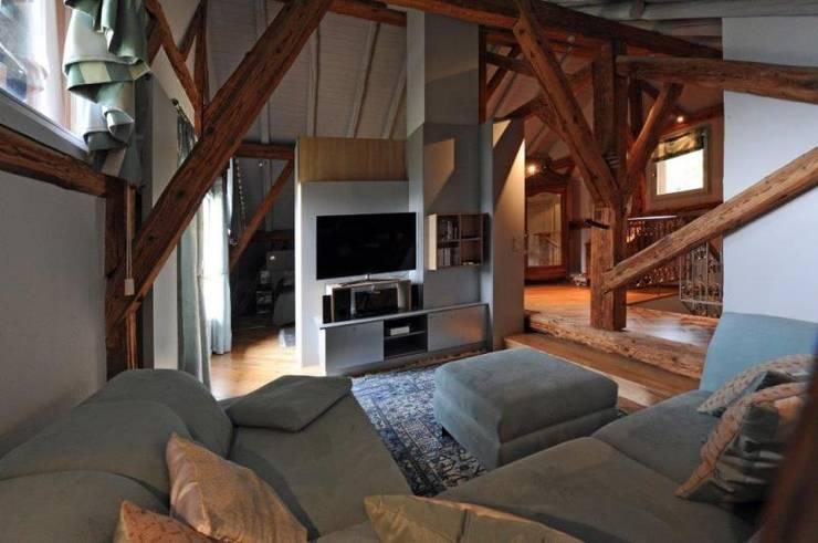 7 astuces pour rendre votre salon plus confortable - Comment decorer grand salon rendre confortable ...