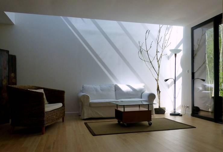 8 id es r volutionnaires pour un int rieur minimaliste. Black Bedroom Furniture Sets. Home Design Ideas