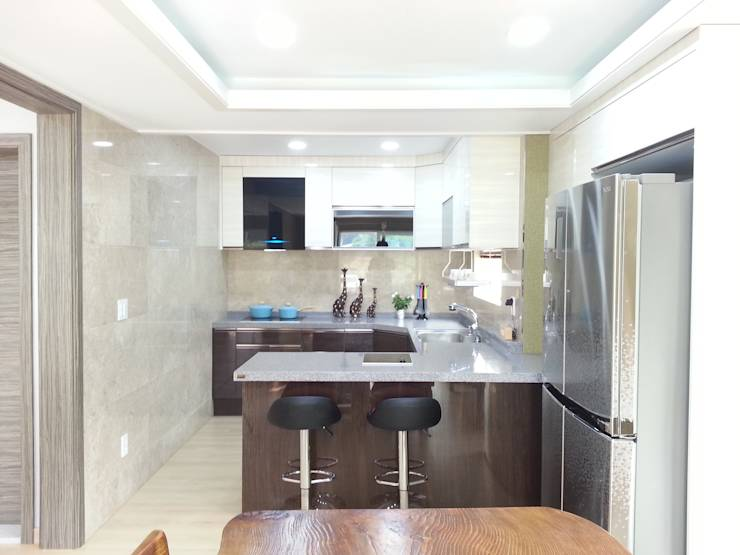 Comment agrandir une petite cuisine for Agrandir une petite maison