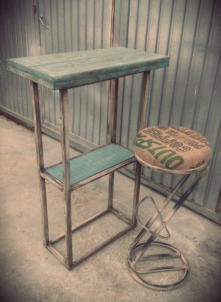 Mobiliario para cafeteria di desvan vintage homify for Mobiliario cafeteria