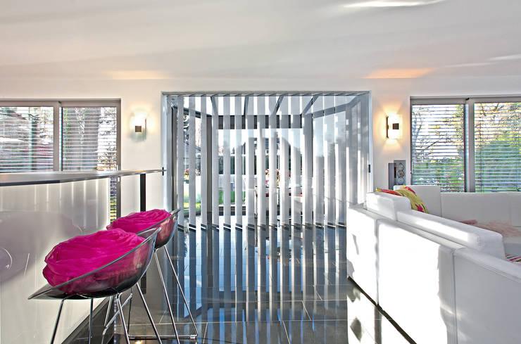 sieben tolle ideen f r fenstervorh nge. Black Bedroom Furniture Sets. Home Design Ideas