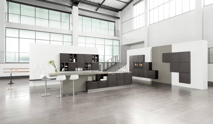 starker auftritt ber 60 neue fronten live und on stage bei h cker k chen von h cker k chen. Black Bedroom Furniture Sets. Home Design Ideas