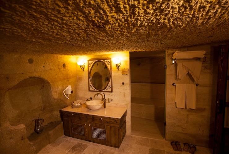 Idee Arredo Bagno Rustico : Idee per arredare il bagno con i mobili in arte povera