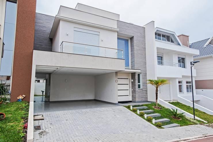 Casas de estilo moderno por Patrícia Azoni Arquitetura + Arte