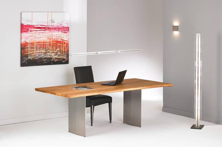 esstisch baumkante von rose handwerk homify. Black Bedroom Furniture Sets. Home Design Ideas