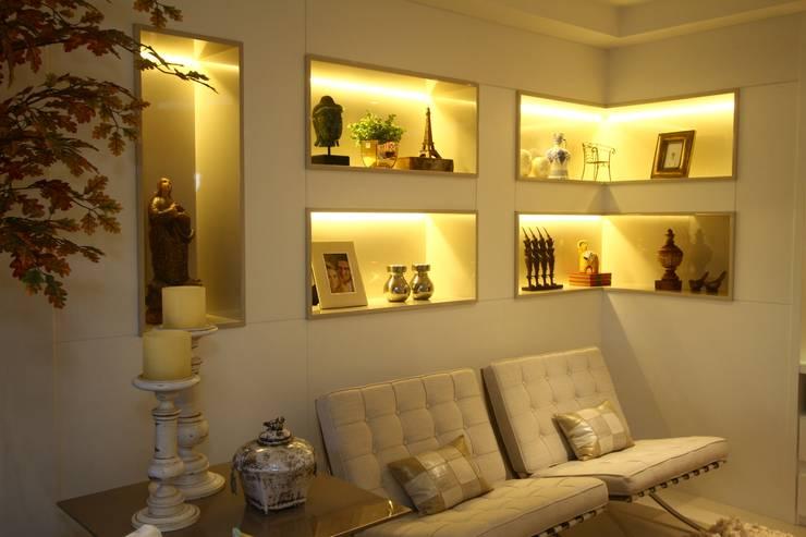 Nicho De Gesso Para Sala De Jantar ~ Uma cobertura estilo moderno e minimalista Salas de estar modernas