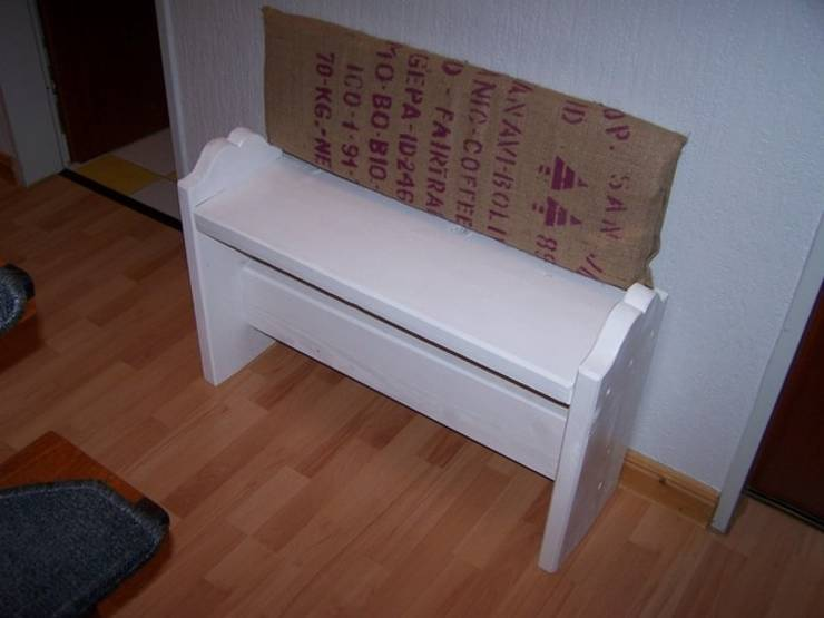 m bel aus recyclingholz alten paletten und bauholz von. Black Bedroom Furniture Sets. Home Design Ideas