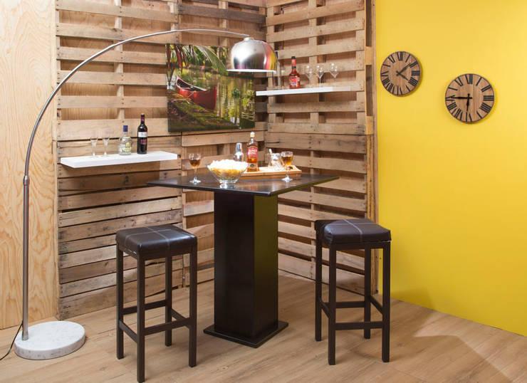 Bar : Comedor de estilo translation missing: mx.style.comedor.industrial por Idea Interior