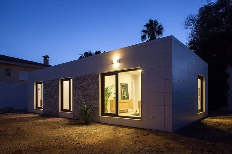 The small urban oasis house - Casas inhaus ...