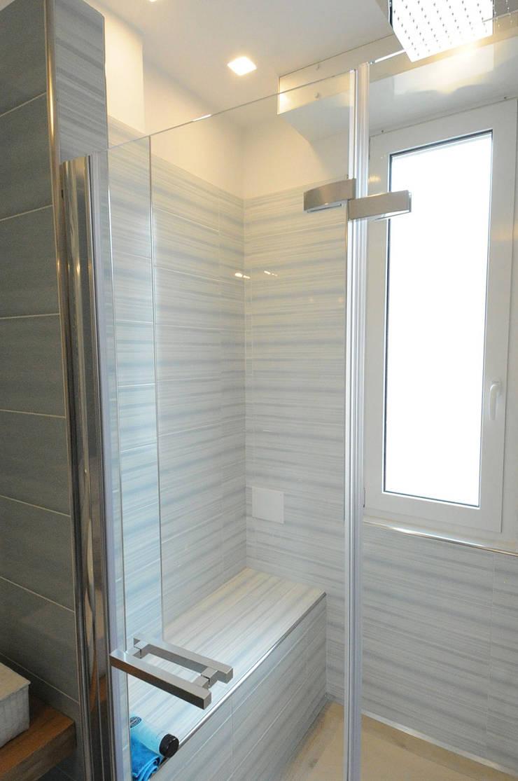 Ristrutturazione di appartamento di 70 mq a savona di - Bagno di 4 mq ...