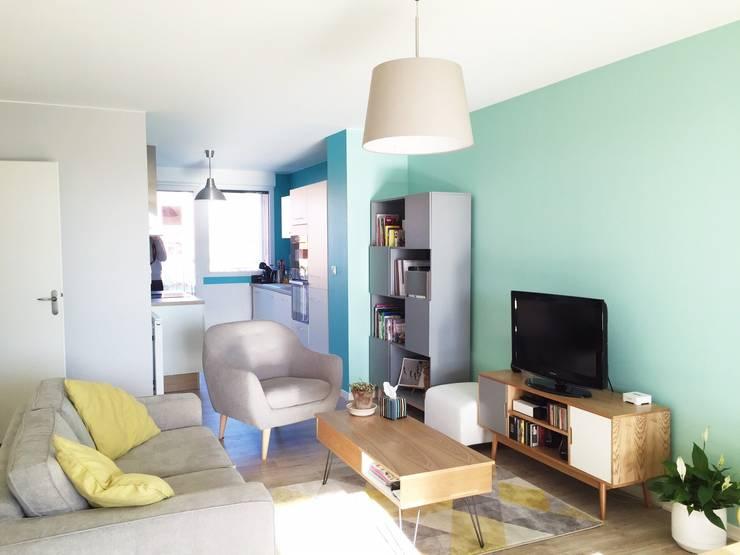 Salas / recibidores de estilo escandinavo por Mint Design