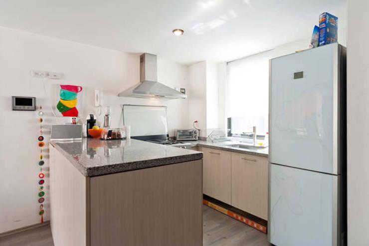 Estos son los materiales baratos para mejorar tu cocina - Azulejos para cocinas baratos ...