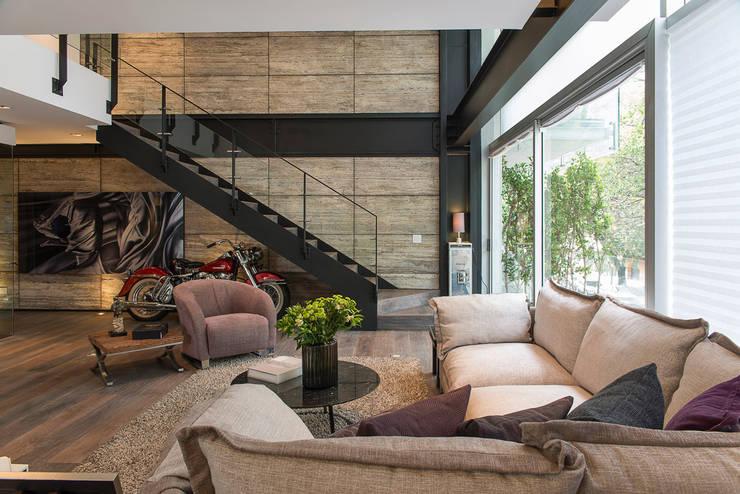 16 salas com escadas modernas e deslumbrantes for Departamento interior