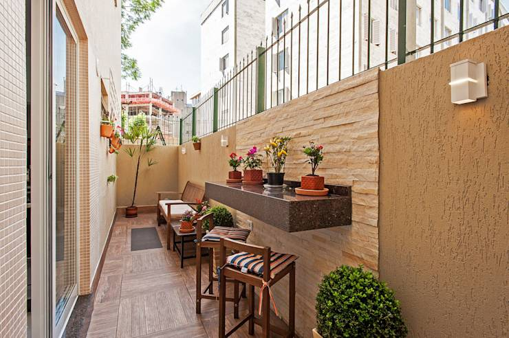 15 paredes con piedra laja para usar en casa for Ideas para decorar patios chicos