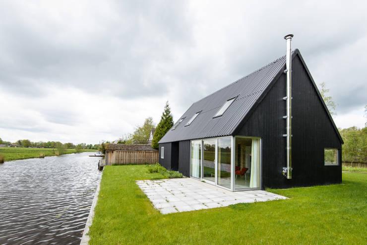 Un piccolo rifugio dallo stile unico for Piani di casa in stile cottage artigiano