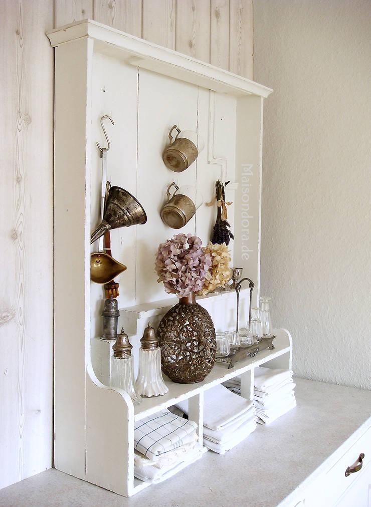 antikes f r die landhaus kueche von maisondora vintage. Black Bedroom Furniture Sets. Home Design Ideas