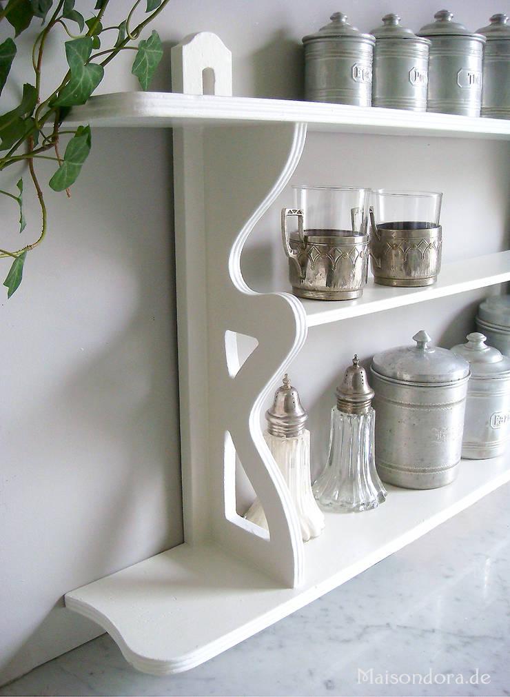 antikes f r die landhaus kueche von maisondora vintage living homify. Black Bedroom Furniture Sets. Home Design Ideas