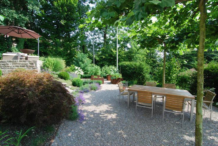 So wird auch ein schattengarten zur oase for Garten 2 ebenen
