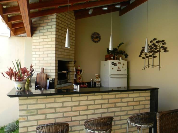 Terrazas de estilo translation missing: pe.style.terrazas.tropical por Thais Costa Arquitetura & Design
