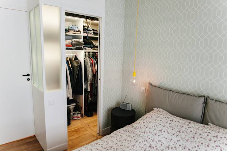 modern Dressing room by Lise Compain