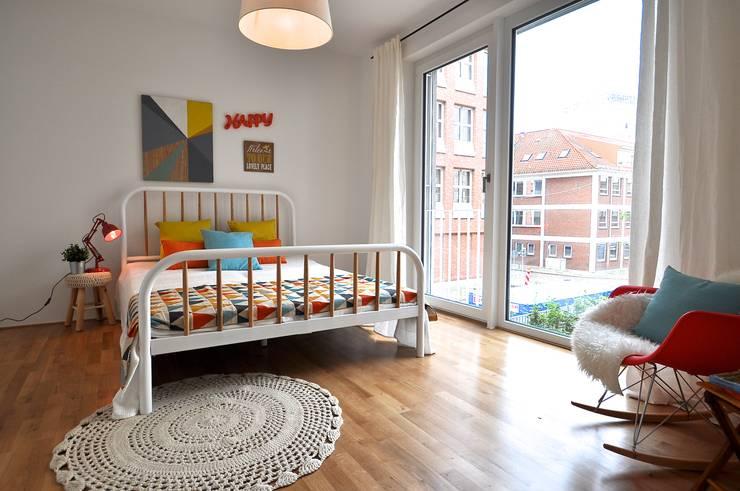 Recámaras de estilo escandinavo por Karin Armbrust - Home Staging