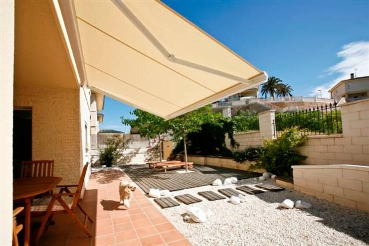 7 fant sticas ideas de toldos para tu patio y terraza for Toldo horizontal terraza