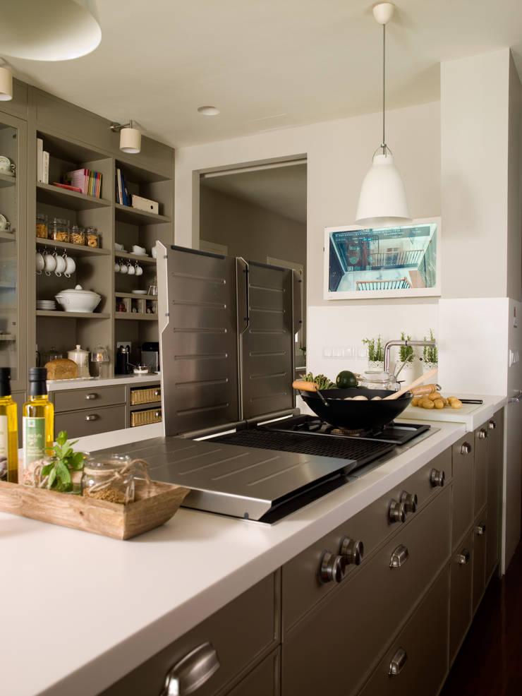 Cocina y planchador con el sello inconfundible de for Plancha de cocina
