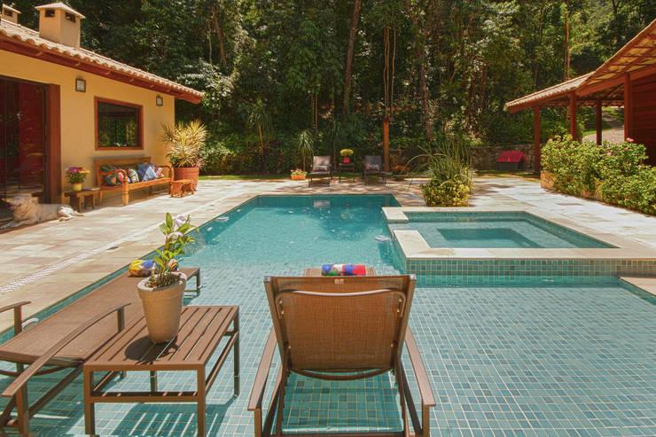 Homify - Condominio con piscina milano ...