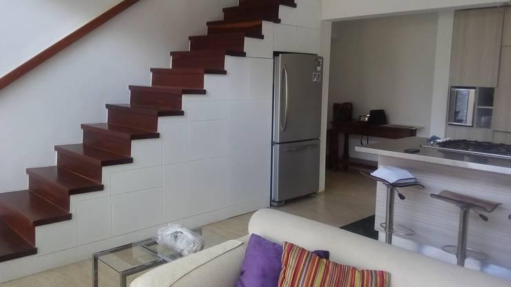 12 escaleras venezolanas totalmente geniales for Escalera de cocina