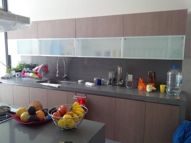 Estos son los materiales baratos para mejorar tu cocina for Extractor cocina barato
