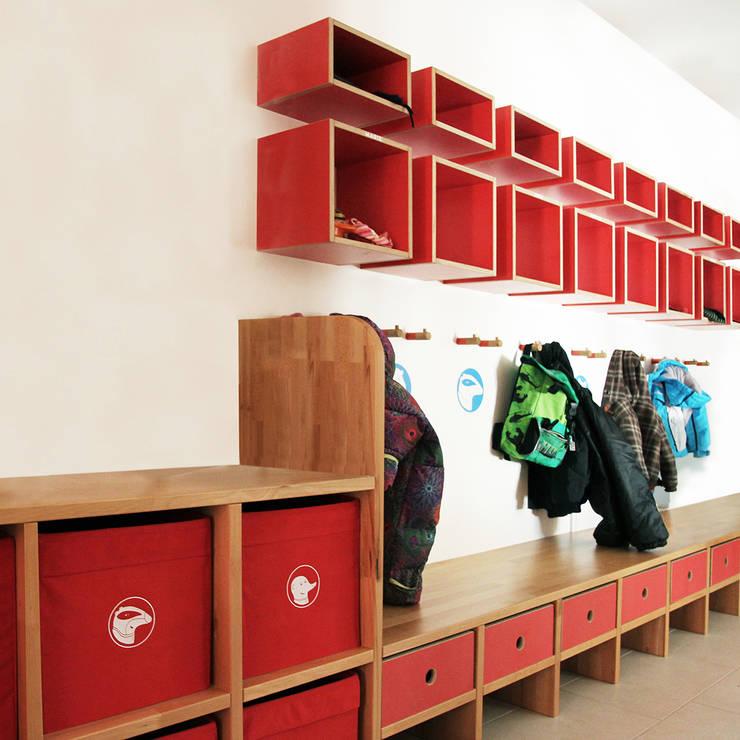 kinderkrippe wolfratshausen von tuba design homify. Black Bedroom Furniture Sets. Home Design Ideas