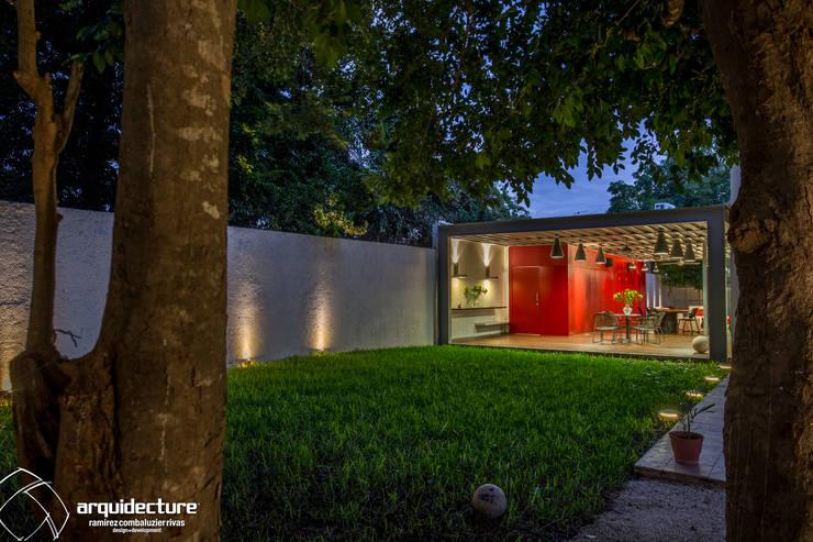 Maisons de style de style Industriel par Grupo Arquidecture