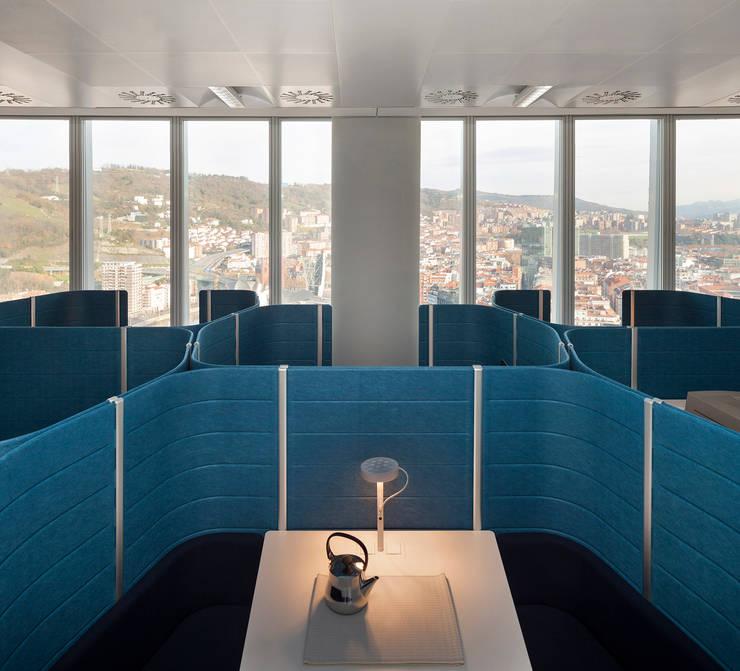 Oficina en torre iberdrola de mlmr architecture - Oficinas de iberdrola en valencia ...