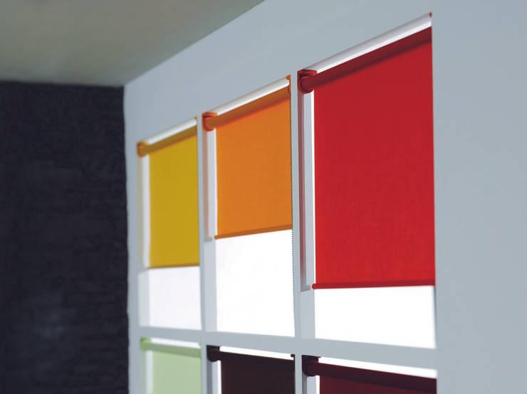 fensterrollos bei creatives wohnen hamburg von creatives wohnen homify. Black Bedroom Furniture Sets. Home Design Ideas
